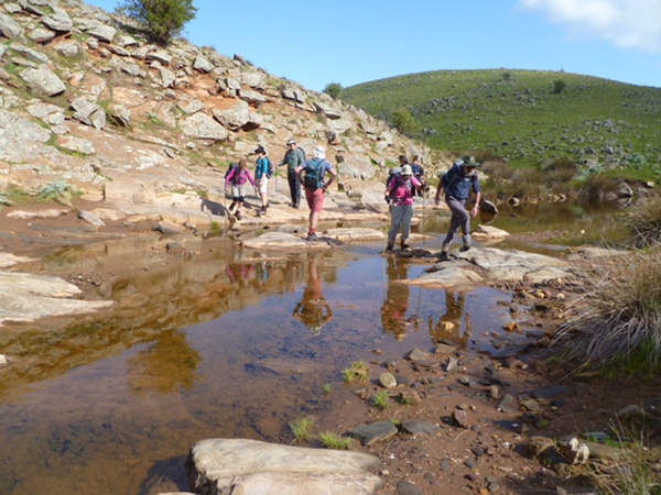 Lavender Federation Trail - Between Dutton and Truro we came quite unexpectedly upon an extensive rocky gorge and waterhole